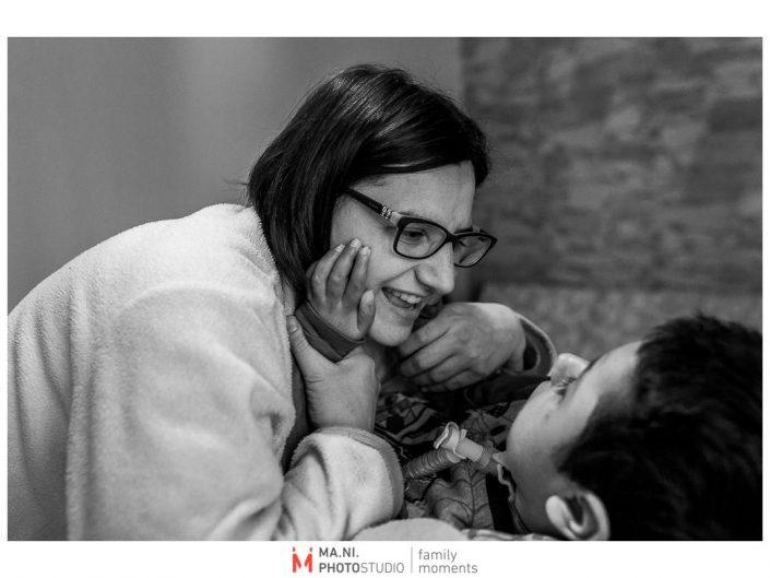 Progetto di fotografia documentaria: I Rari. Dialogo madre - figlio.
