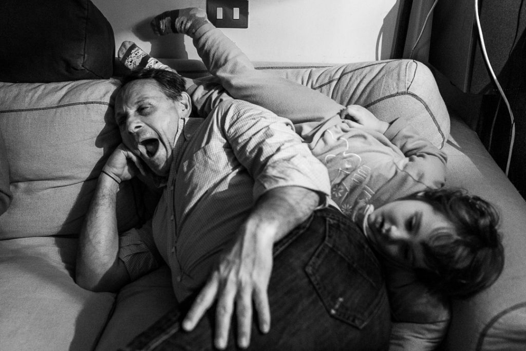 La fotografia documentaria di famiglia ti mostrerà tutto il tuo duro lavoro.